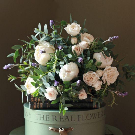 Lavender & Ivory Rose Posy