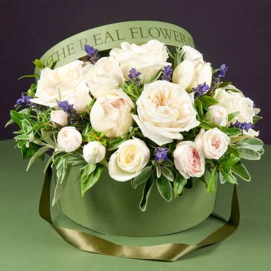 SELFRIDGES Ivory Hat Box Arrangement