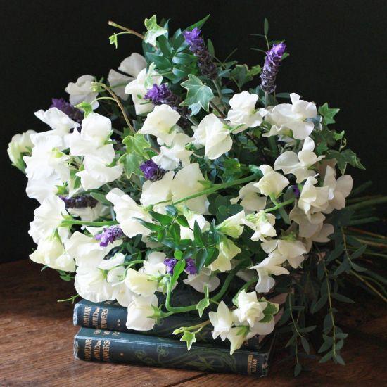 Ivory Sweet Peas & Lavender