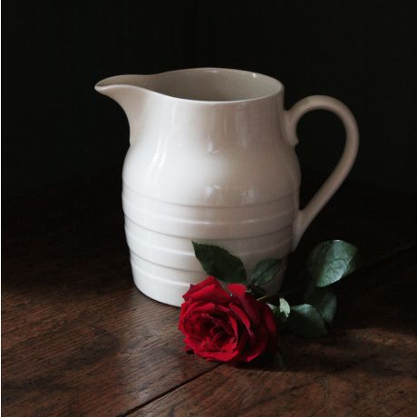 4pt White Burleigh Hooped Jug