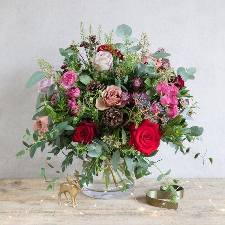 Red Antique & Plum Christmas Bouquet