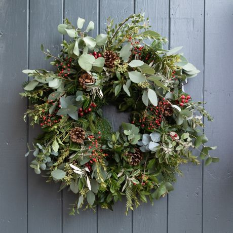 berry and herb eco-friendly wreath