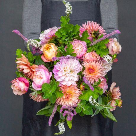 David Austin and dahlia bouquet hh