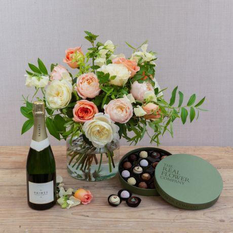 Small Florist Seasonal Choice Bouquet Gift Set