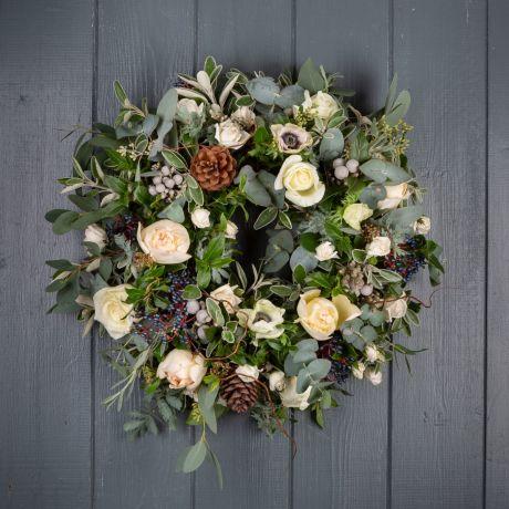 nordic rose wreath 2021