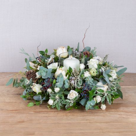 nordic table wreath with vase and candle