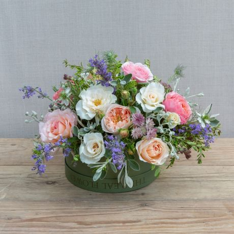 English Romance Hat Box Arrangement