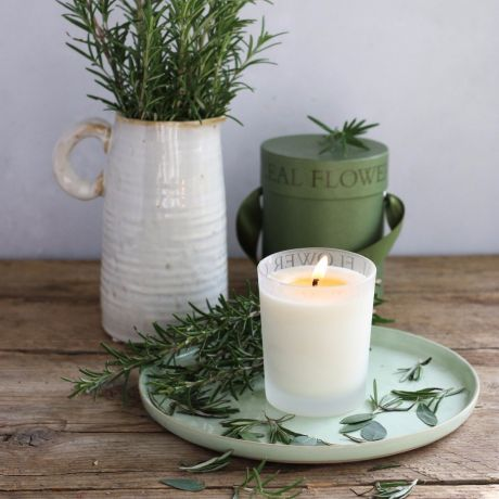Luxury Scented Candle Rosemary & Eucalyptus