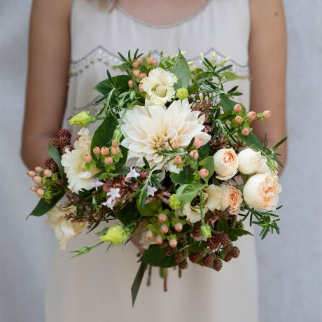 Seasonal Peach and Apricot Bridesmaid Bouquet