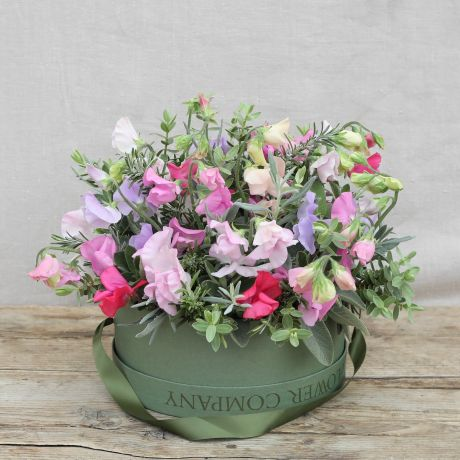 sweet pea hatbox arrangement