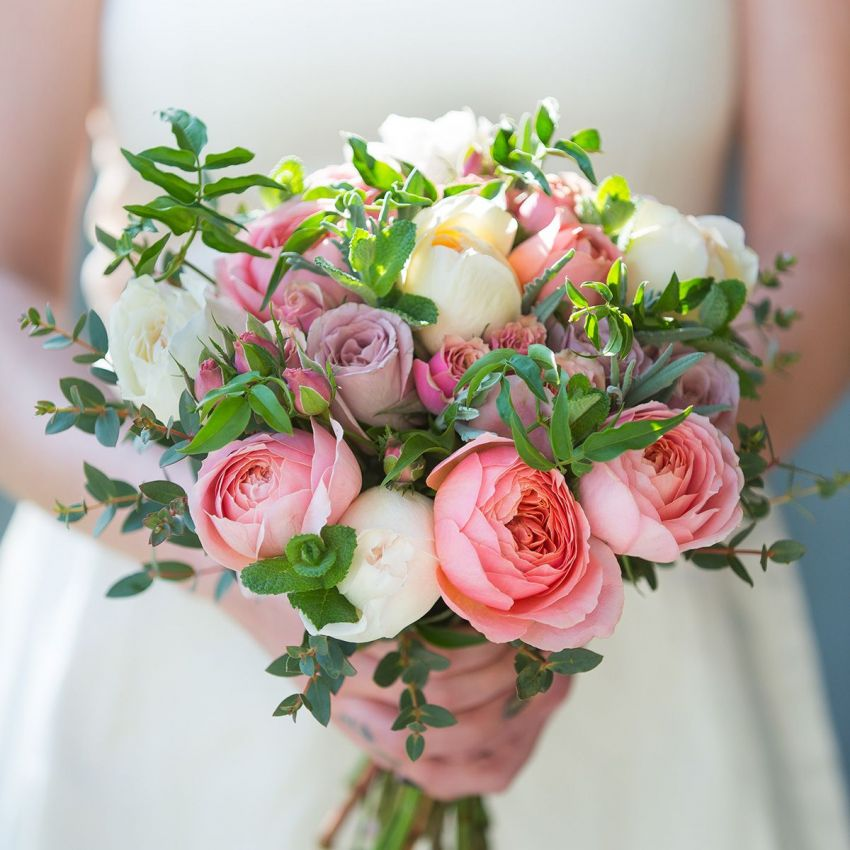 Romantic Antique Bridal Bouquet