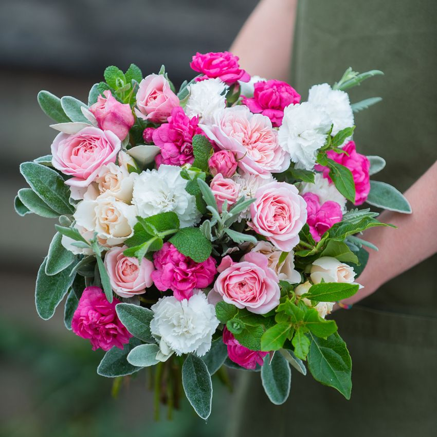 English Rose & Scented Pinks Bouquet
