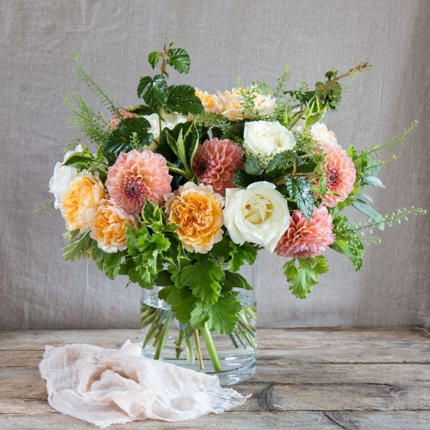 David Austin and English Dahlia Bouquet