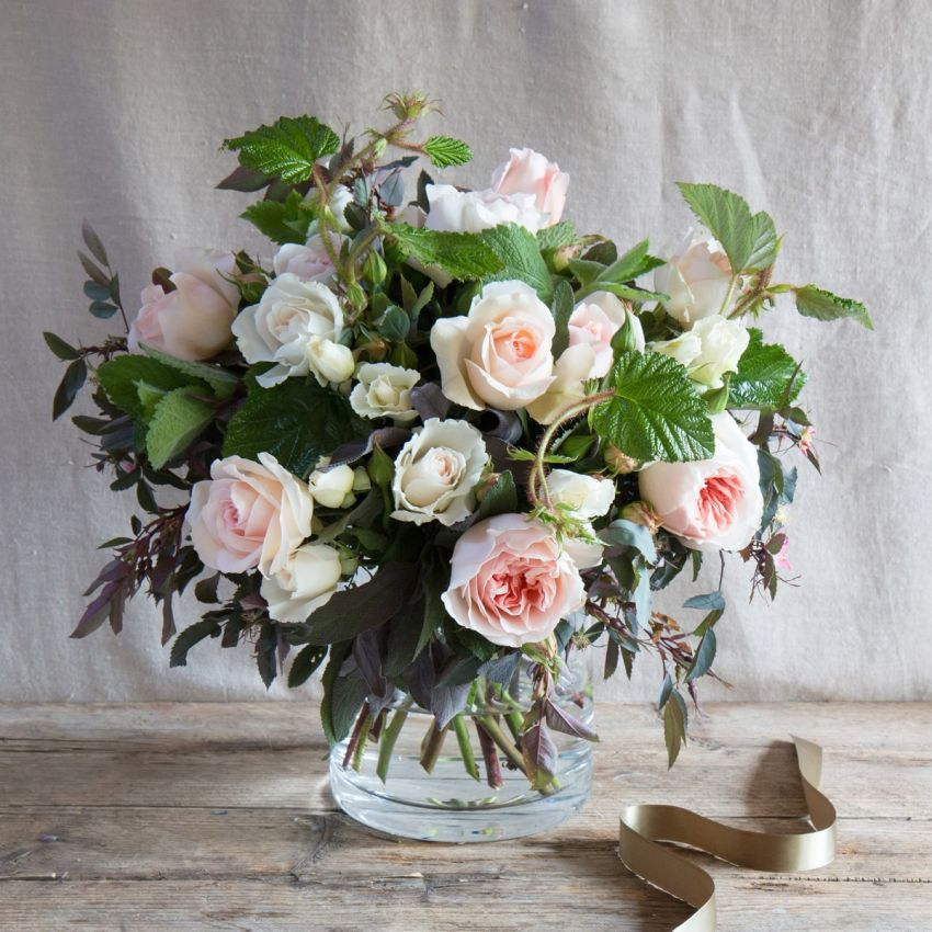 English Peaches & Cream Bouquet