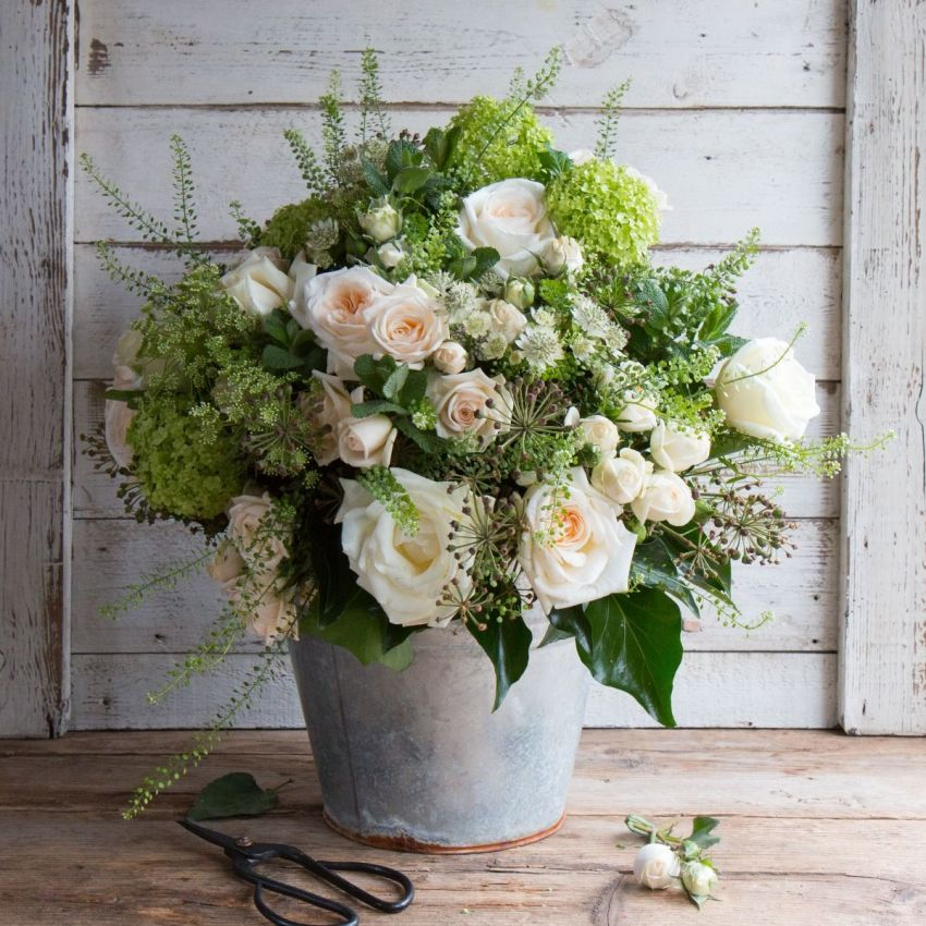 SELFRDIGES Pure Mothers Day Bouquet