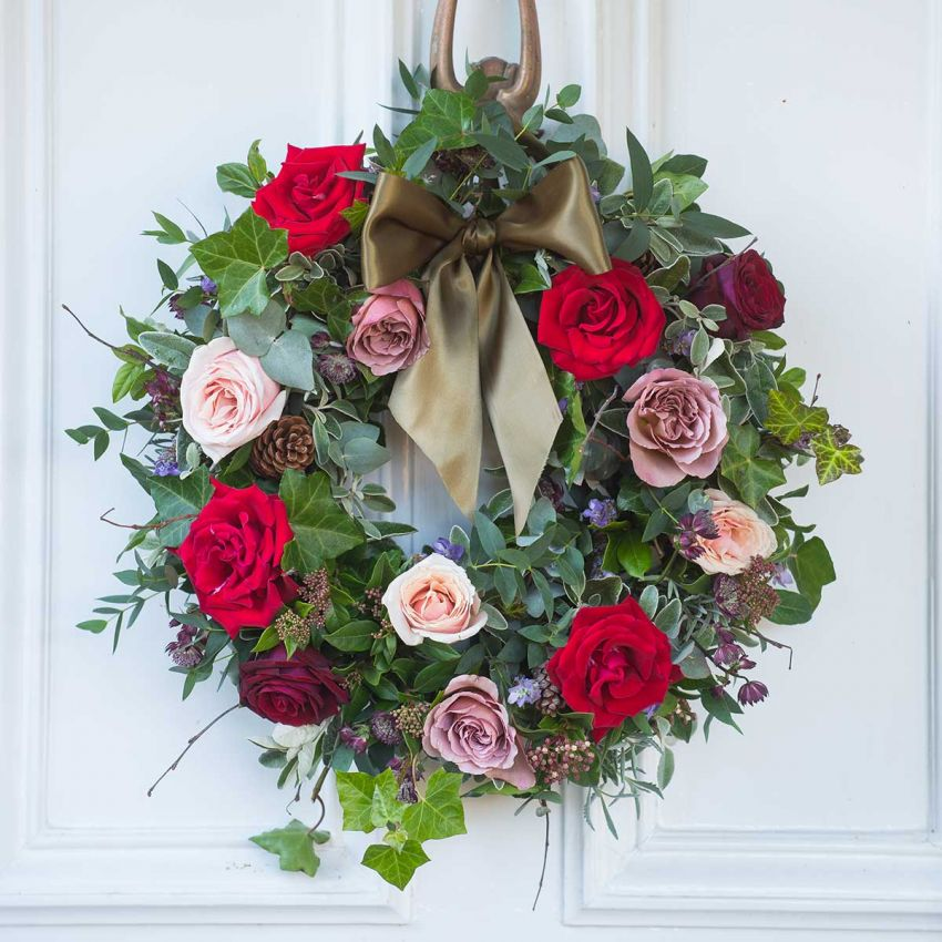 Christmas Red Antique Door Wreath
