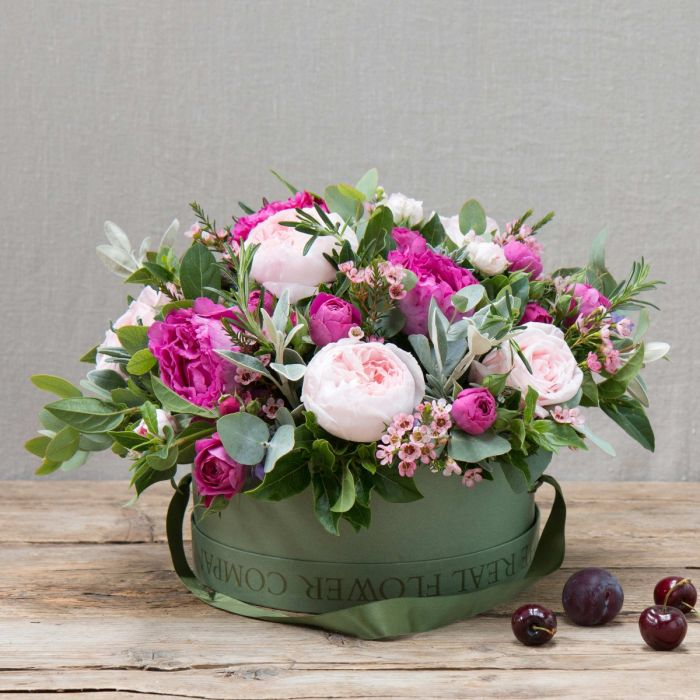 0ed15b9b091 mixed pink flower hat box arrangement
