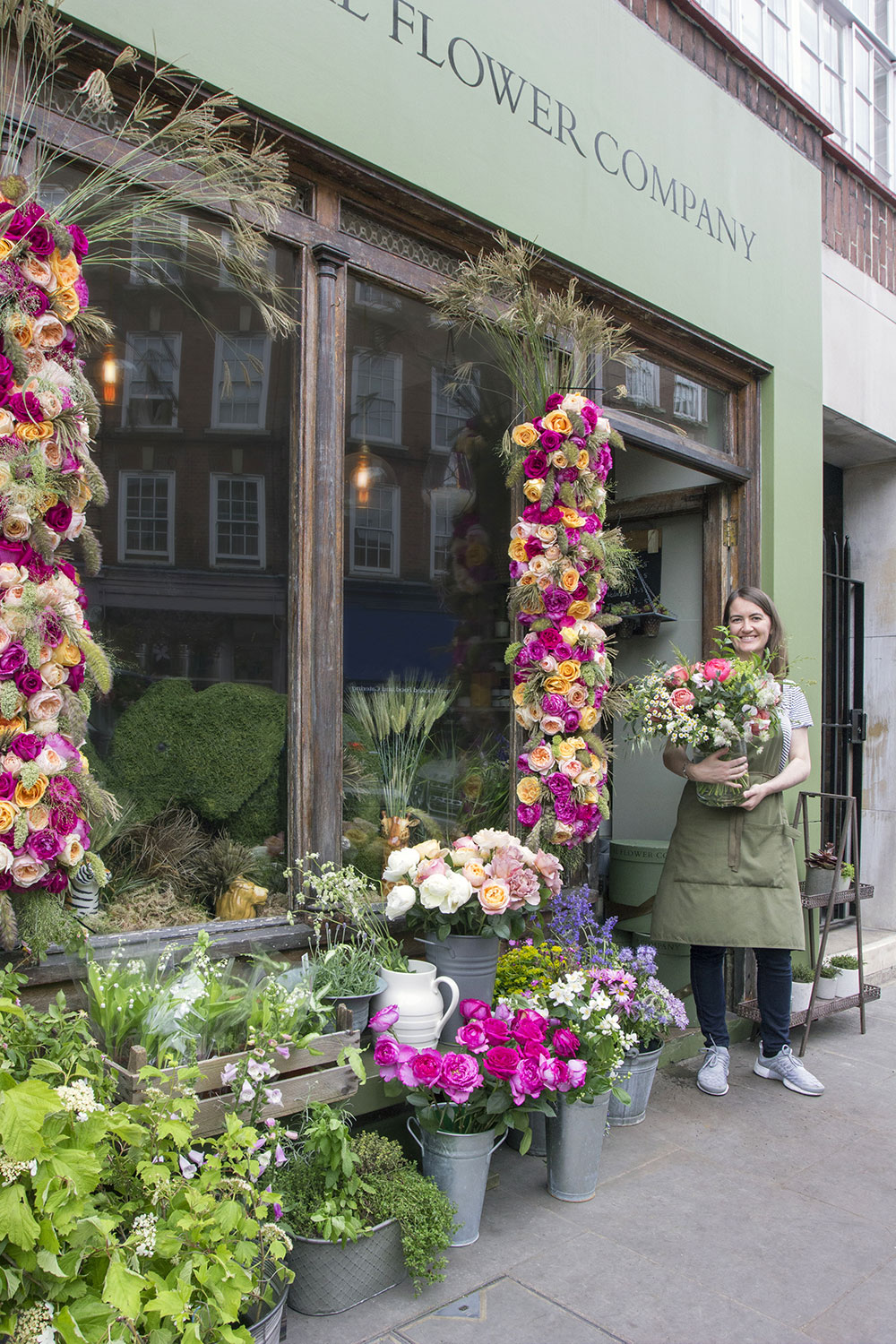 Chelsea green in bloom the real flower company blog you can find our london florist at 13 cale street sw3 3qs in chelsea green its a short walk from sloane square kings road south kensington and izmirmasajfo Images