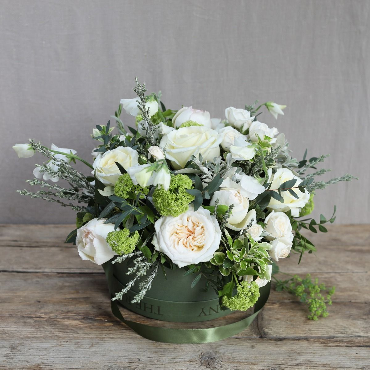 pure hatbox arrangement