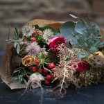 How To Create an Easy Festive Table Centrepiece